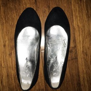 Nina black suede pointed flats